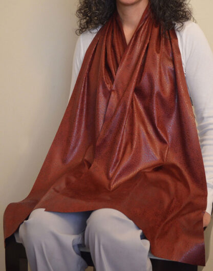 Cravaat II Wide Long dining scarf adult bib Burgundy Pebble